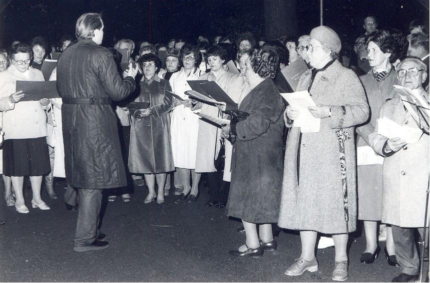 1983 - Gesang in den Mai im Schlossgarten Osnabrück